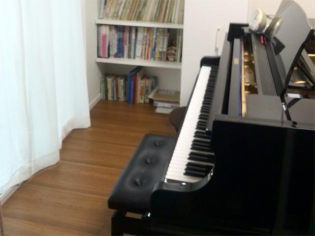 ピアノスタジオレンタル高津区久地